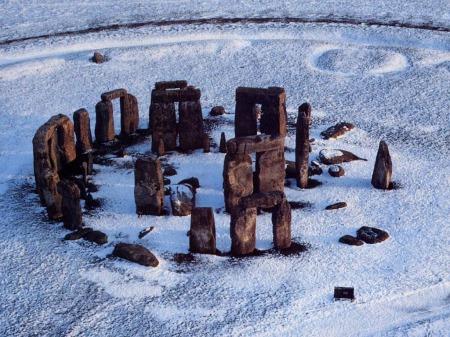 stonehenge-xmw-1024-cuatro-nieve.jpg